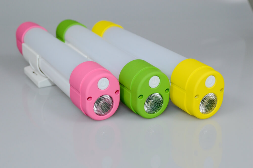 E601 Rechargeable LED Light Color